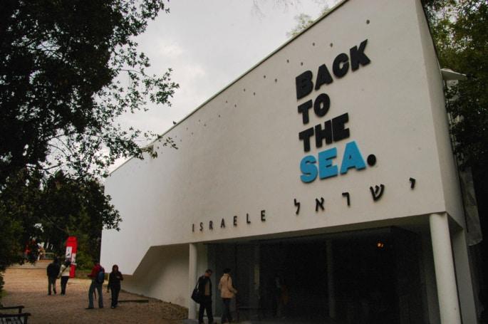 חזרה לים, הביאנלה ה-9 לאדריכלות